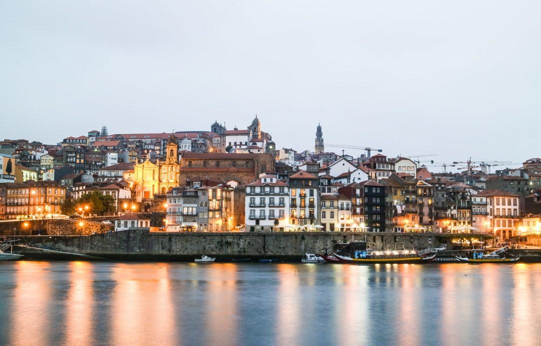 Ribeira al crepuscolo, Porto
