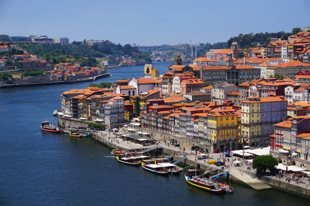 Ribeira district, seen from Dom Luís I Bridge
