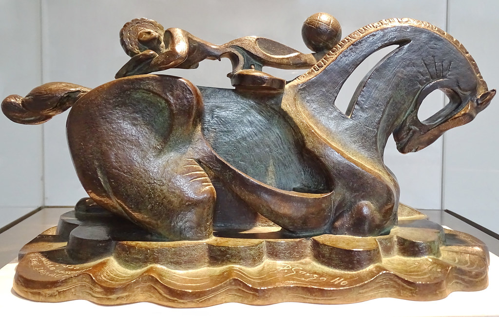 Caballo de Circo de bronce escultura Museo Pablo Gargallo Zaragoza
