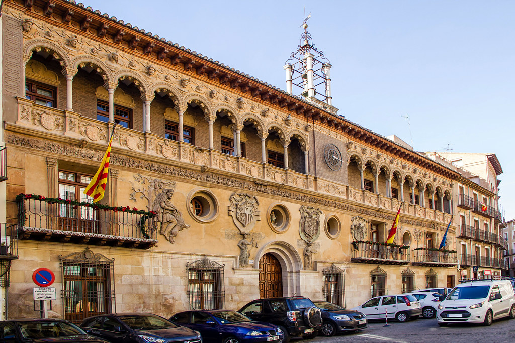 edificio fachada exterior Ayuntamiento antigua Lonja Tarazona Zaragoza 02