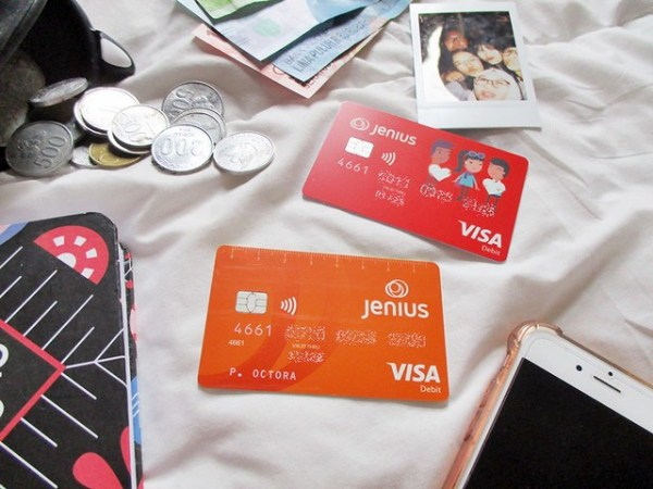 Enaknya Pakai Jenius Visa Debit | DarlaOct.com