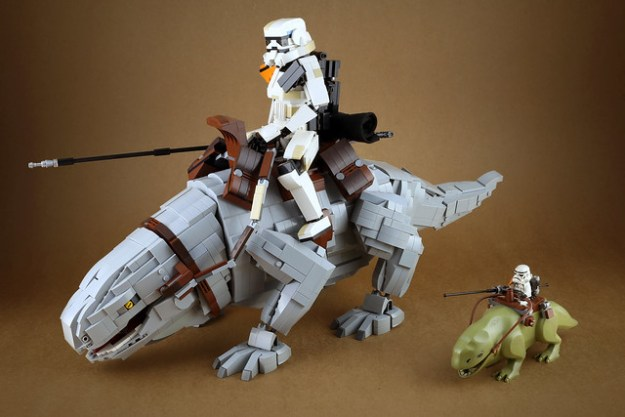 Sandtrooper and Dewback