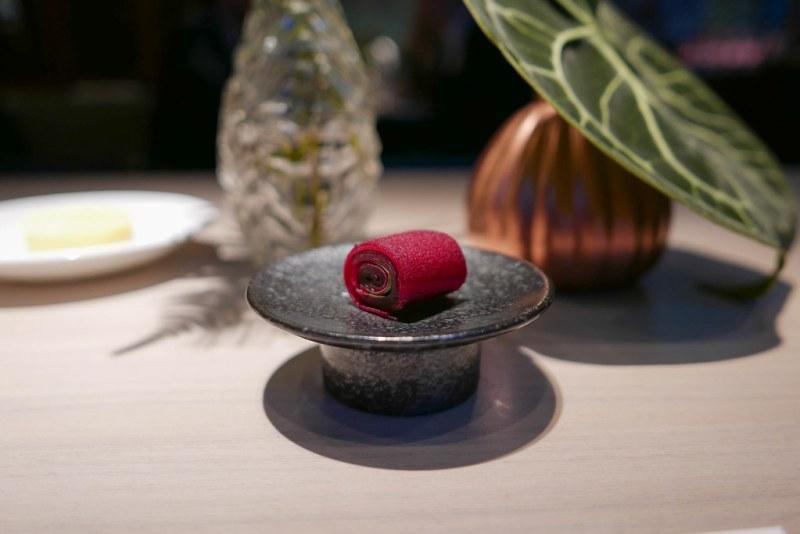 Pickled beetroot, apple, nasturtium leaves | Vilhjalmur Sigurdarson | Souvenir | Ghent, Belgium