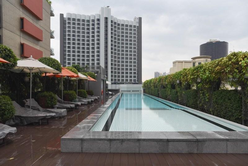 swimming pool of m social singapore