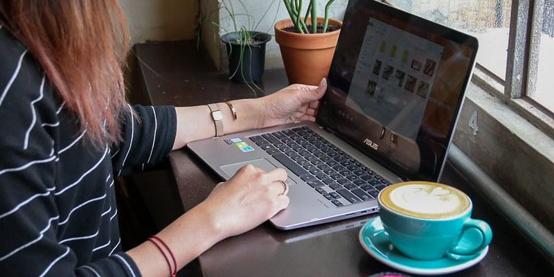 開箱分享 「ASUS ZenBook Flip 14 」360度翻轉超輕薄筆電,翻轉你的美力新視界。