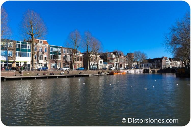 El Stadsbuitengracht junto a la Weerdsluis