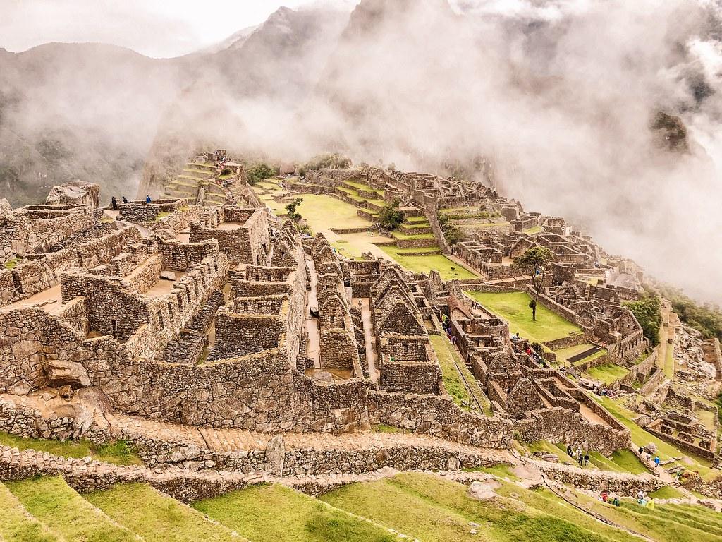 Travel to Machu Picchu the Easy Way