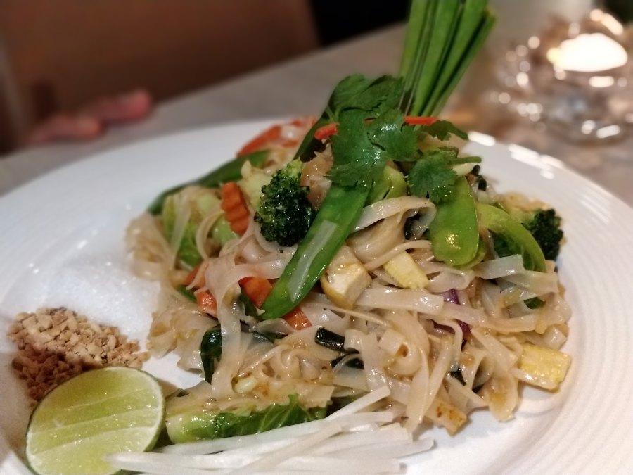 Ayuthaiya Thai Restaurant Hong Kong Soho Pad Thai Noodles