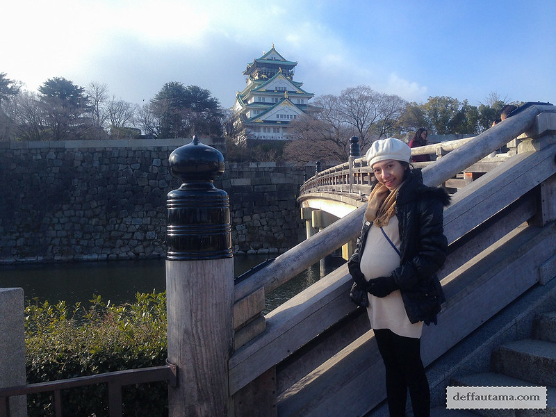9 Hari Babymoon ke Jepang - Osaka Castle Bridge