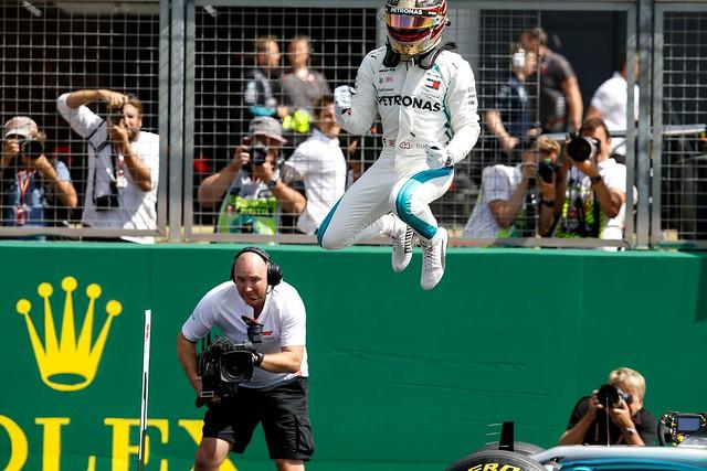 Lewis Hamilton順利奪得F1英國站銀石賽道生涯第6個桿位