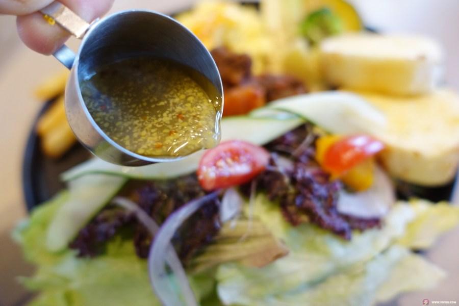 [桃園美食]桃園 • 旅人咖啡館~桃園後火車站新開餐廳.頗有氣氛的優質用餐環境適合多人聚餐 @VIVIYU小世界