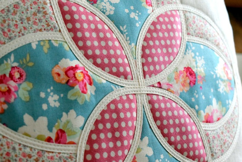 Mackintosh Flower Cushion (Twin Needled)