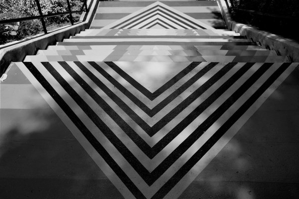 Week 32 - B&W Triangles - The Trevor Carpenter PhotoChallenge