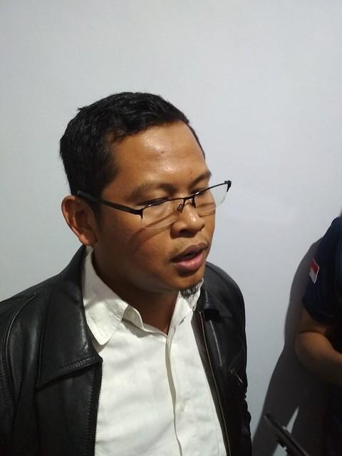 Ketua KPU Suprihno, M.Pd., saat menyampaikan hasil verifikasi perbaikan dan persetujuan rancangan Daftar Calon Sementara (DCS) anggota DPRD Kabupaten Tulungagung dalam Pemilu 2019 (11/8)