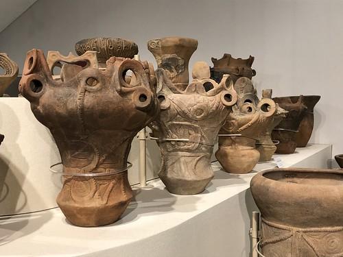 Jomon Pots of 6000 Years Ago