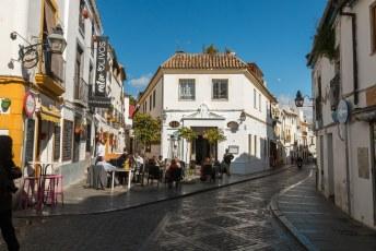 Het centrum is verder fantastisch, alles netjes gerestaureerd en overal leuke terrasjes, restaurantjes etc.
