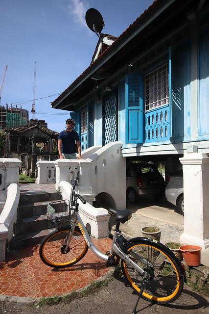 Bike with Elena - Master Mat's House