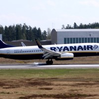 Ryanair EI-EFX, OSL ENGM Gardermoen