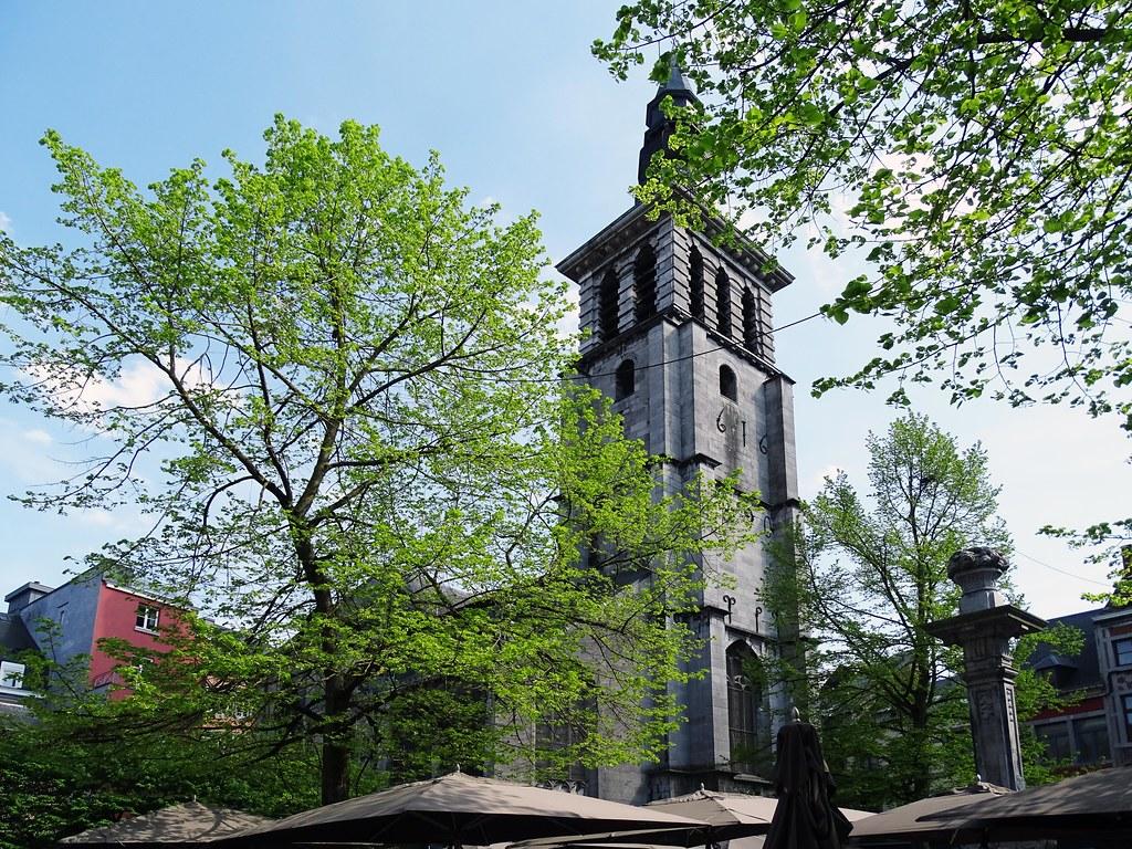 Torre campanario Iglesia San Juan Bautista Namur Belgica 02