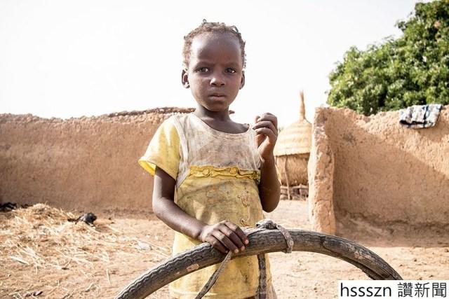 rich-poor-kids-favorite-toys-around-world-dollar-street-gapminder-foundation-3-5b03cb4216efe__880_880_587