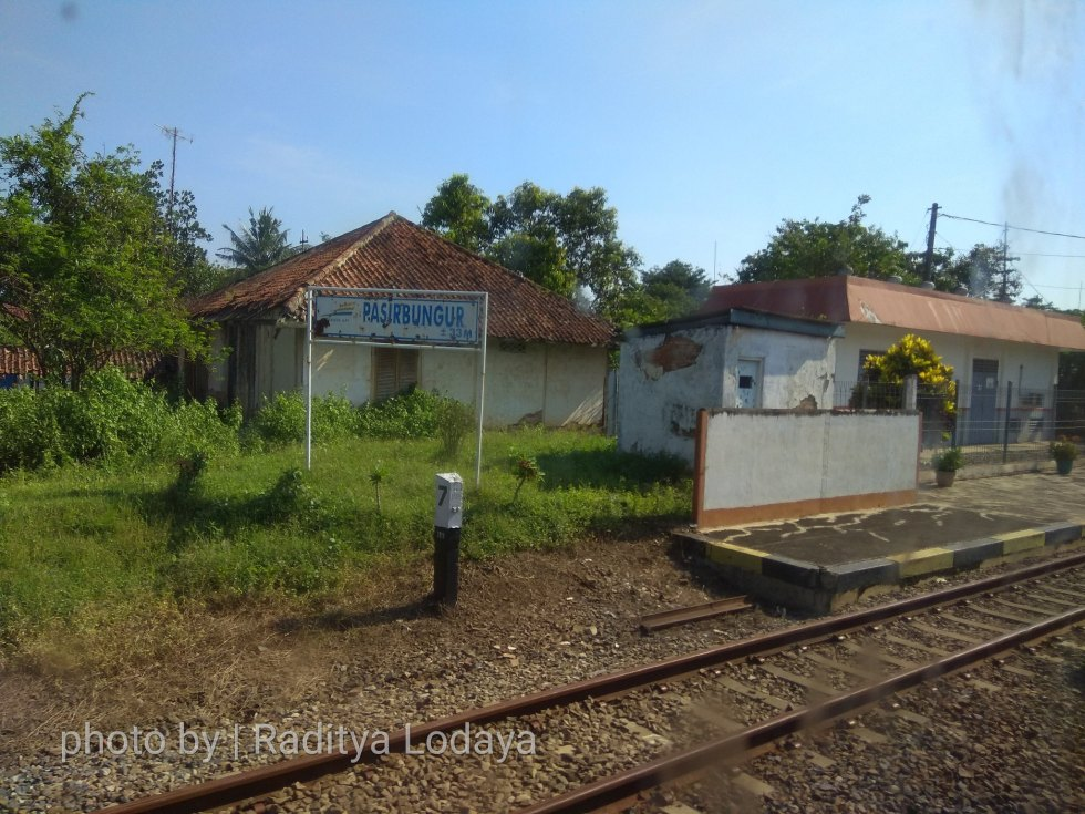 13 TRIP REPORT KERETA API JAYABAYA 1 (JAKARTA-CIREBON) -- STASIUN PASIRBUNGUR 2