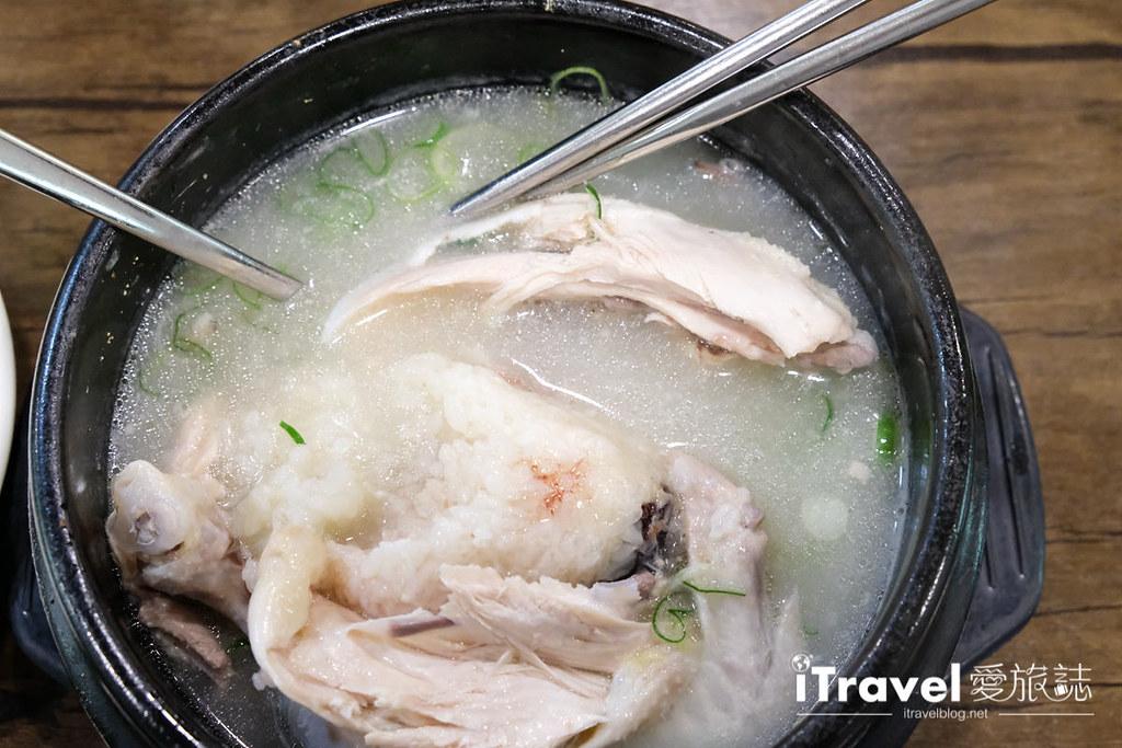 首尔美食餐厅 北村百年土种蔘鸡汤 (26)
