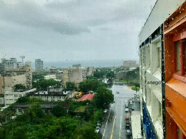 ホテル 雨