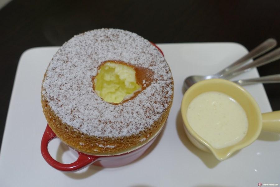 [桃園甜點]艾米媞甜點工坊.法國藍帶甜點師傅~甜點蛋糕咖啡下午茶.遇見夢幻甜點香草舒芙蕾 @VIVIYU小世界