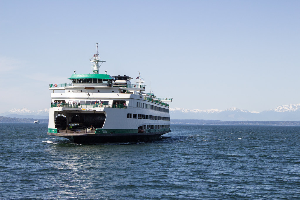 Seattle-Bainbridge Island WSDOT ferry