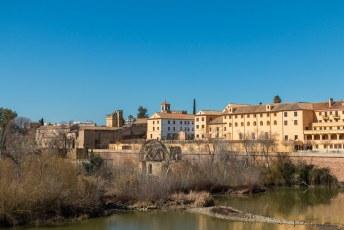 De Guadalquivir rivier werd vroeger dankbaar gebruikt om via een watermolen machinerie aan te drijven. Zoals deze Albolafia molen waarmee graan werd gemalen.