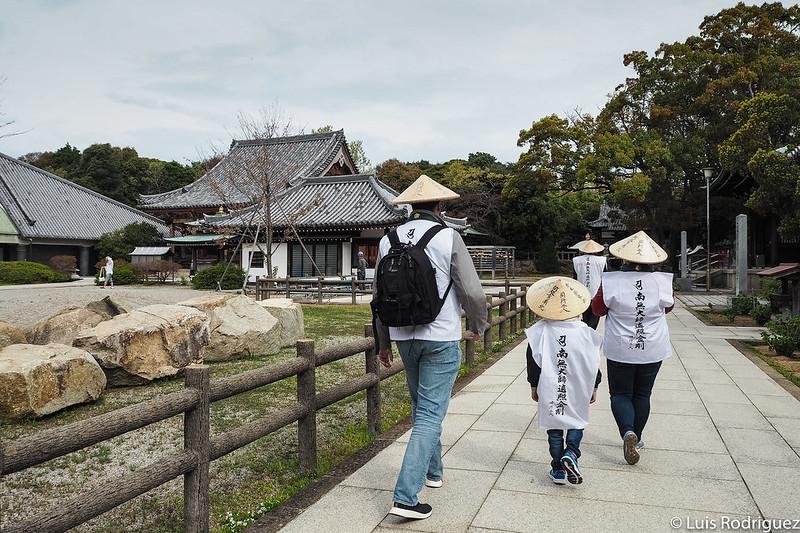Visitando templos con el conductor del Ohenro Taxi