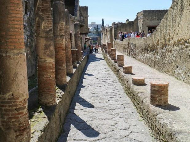 Calle en Herculano