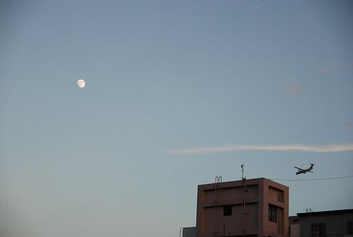 2007 Moon-高掛