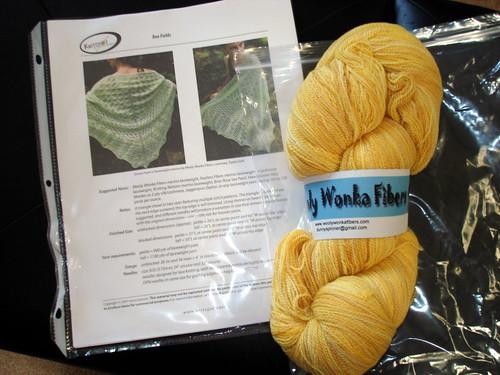 bee fields shawl kit 8-10-2007 10-28-42 AM.JPG