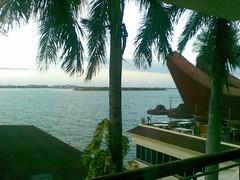 Dari Kamar Makassar Golden Hotel