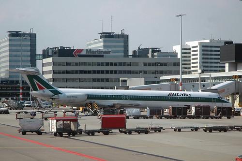 Alitalia MD-82 I-DAWF