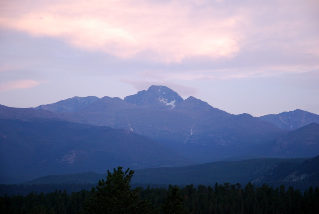 RMNP (Part 1) 29 - Longs sunset