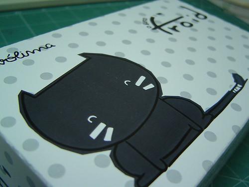 Protótipo da caixa para o boneco do gato Froid