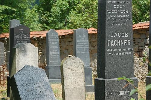 Neu Bistritz Jewish cemetary