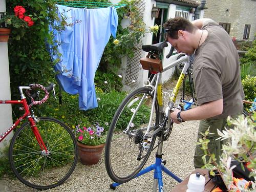 John services the Etape