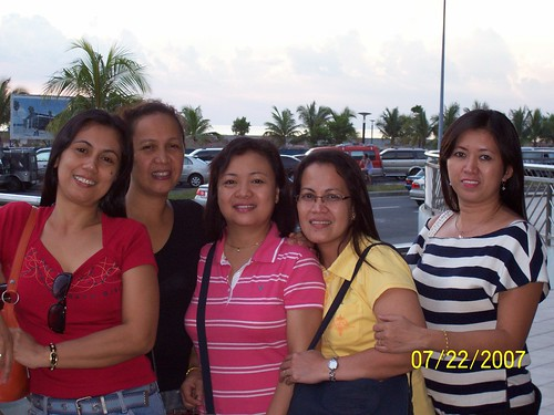 @moa with friends