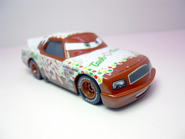 DISNEY CARS KMART COLLECTOR DAY 5 TACH O MINT RACER (3)