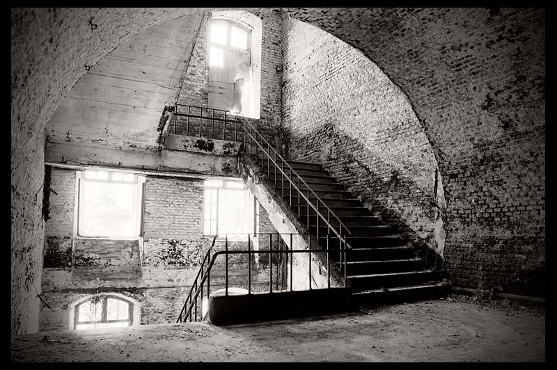 urbex urban exploration decay abandoned belgium infiltration belgique fortress fort Chartreuse