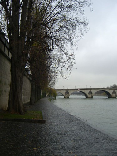 Walking along the left bank