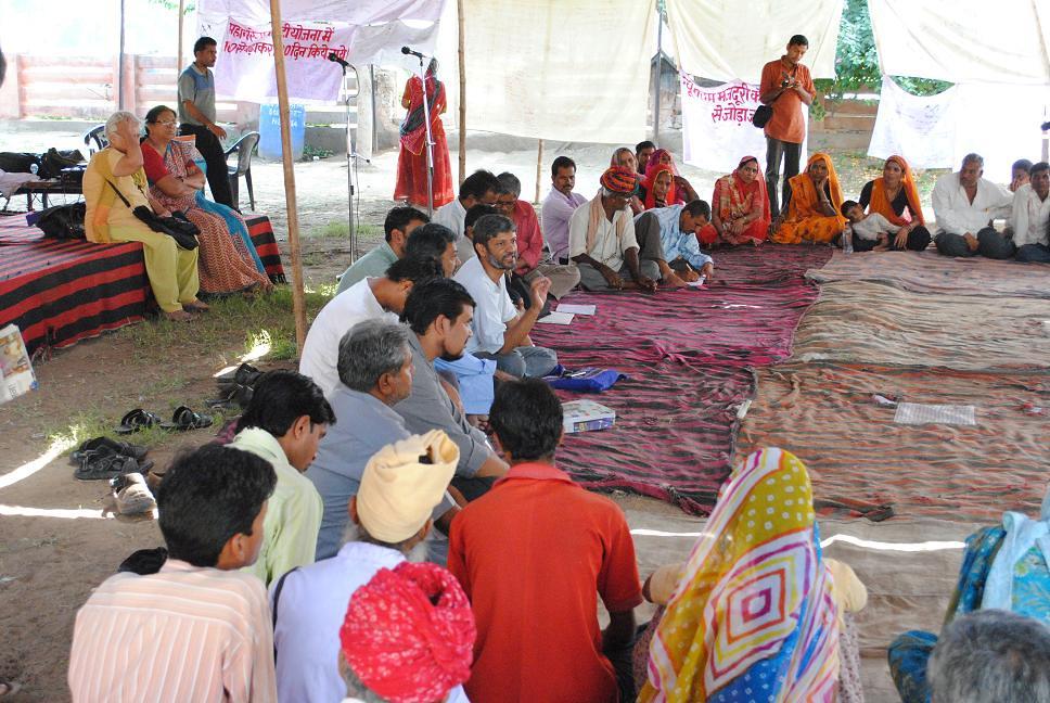 Pics from the satyagraha - 2 Oct 2010 - 10