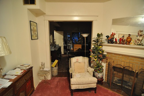Pre-closing: living room west