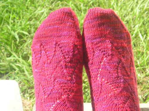 Tessellating Lace Socks