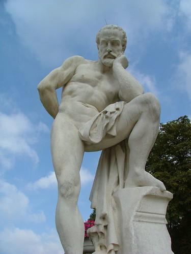 Statue du Jardin du Luxembourg
