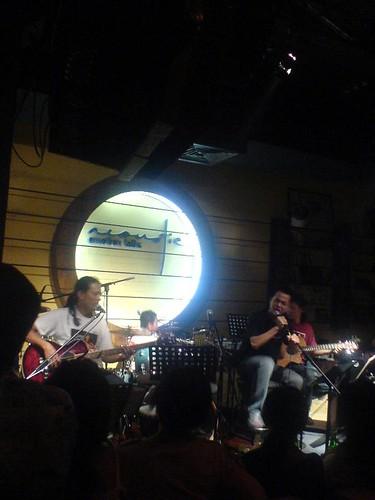 Acoustic Band & Ha Okio