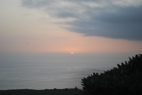El sol dice adiós a las Plataneras